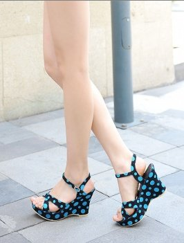 Dots Printed Wedges Sandals sz 4.5-7 (CD11052613)