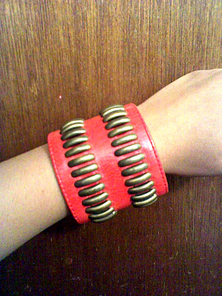 Pink cuff/bracelet
