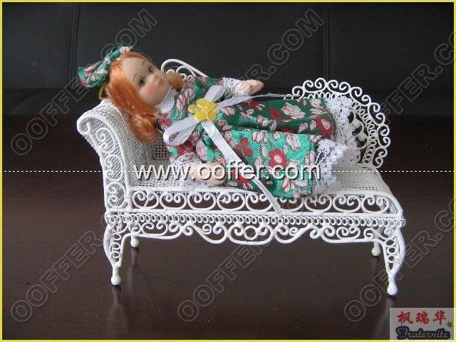 Iron Wire Craft White Flower Chair
