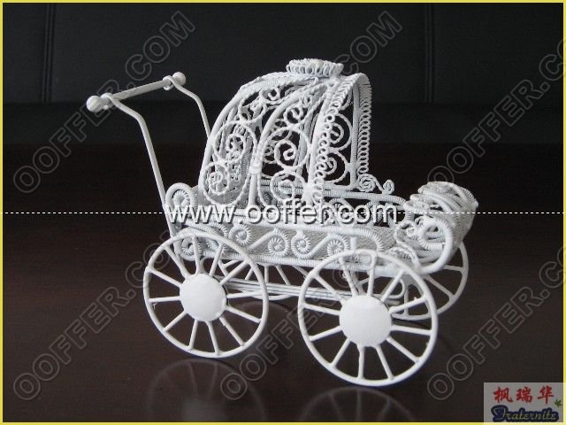 Iron Wire Craft White Cradle