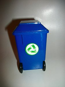 BARBIE DOLLHOUSE MINIATURE BLUE RECYCLING TRASH CAN RARE