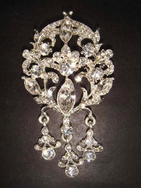 Bridal Vintage style Rhinestone Brooch pin Pi203