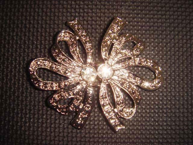 Dress Crystal Rhinestone clasp hook buckle button BU08