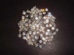 Bridal vintage style bling Rhinestone Brooch pin PI282
