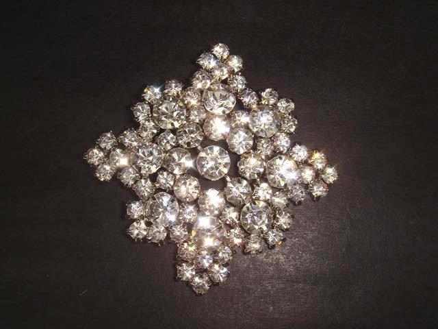 Bridal Rhinestone Crystal silver tone Brooch pin PI283