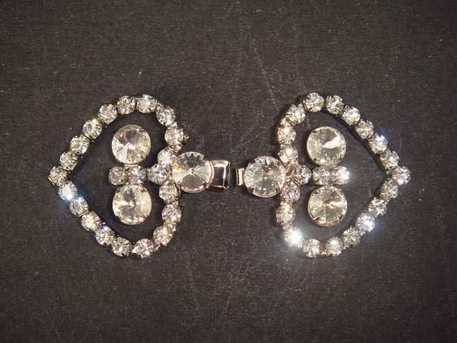 Dress Heart Rhinestone clasp hook buckle button BU15