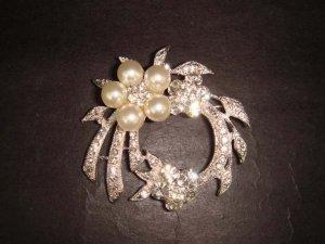Bridal Faux Pearl wreath Rhinestone Brooch pin Pi366