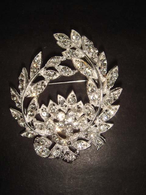 Bridal wreath Vintage style Rhinestone Brooch pin Pi269