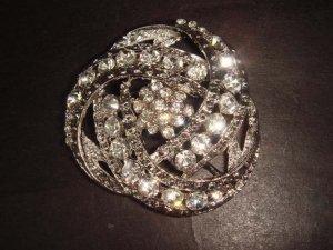 Bridal Vintage style bling Rhinestone Brooch pin PI297
