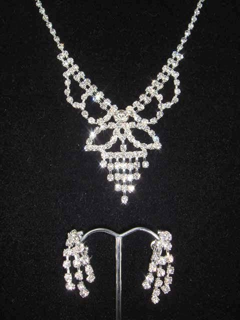 Bridal Crystal Rhinestone necklace earring Set NR75
