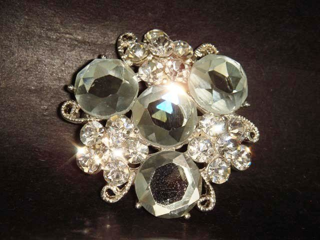 Bridal Crystal Vintage Rhinestone Brooch pin Pi213