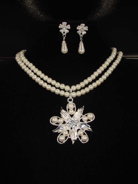Bridal flower Faux pearl necklace earring Set NR212