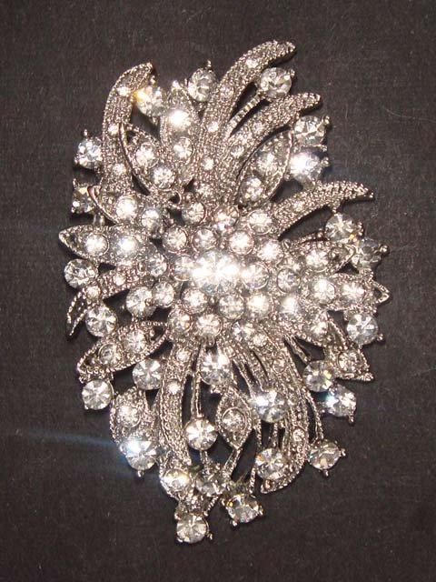 Bridal dress vintage style Rhinestone Brooch pin PI471