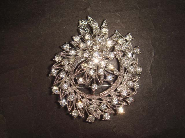 Bridal wreath crystal Bling Rhinestone Brooch pin Pi401
