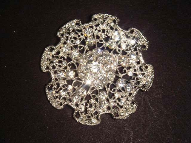 Bridal Vintage Style bling Rhinestone Brooch pin Pi447