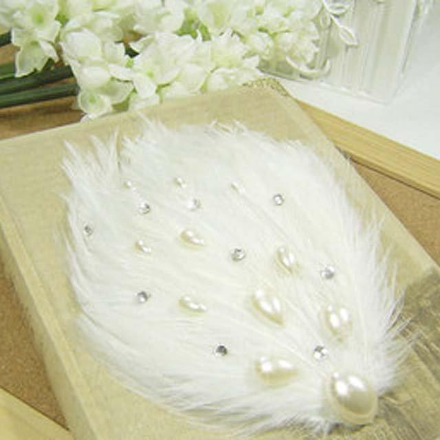 Bridal Feather white Faux pearl rhinestone clip BA134