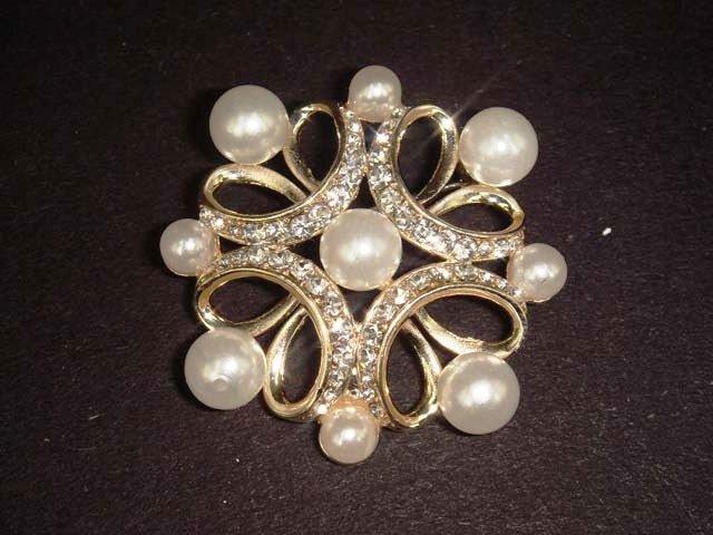 Bridal Faux Pearl Cake topper decoration crystal Rhinestone Brooch pin PI443