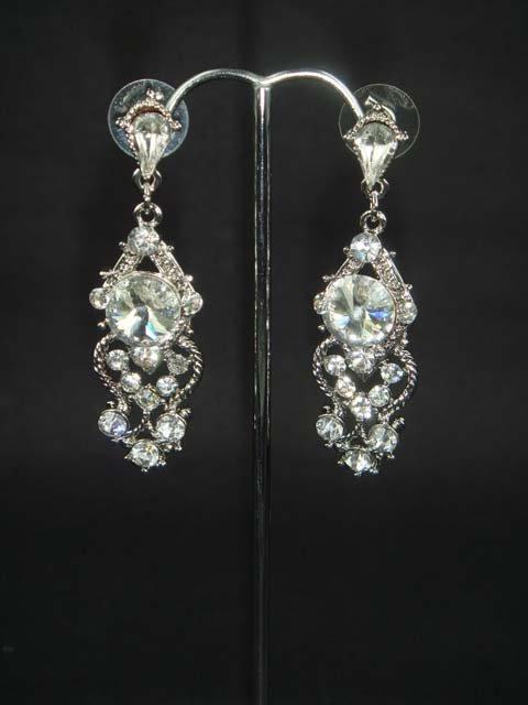 Bridal Vintage style Dangle Rhinestone Earring ER179