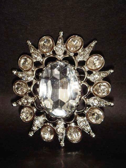 Bridal Bridesmaid Crystal Rhinestone Brooch pin PI142