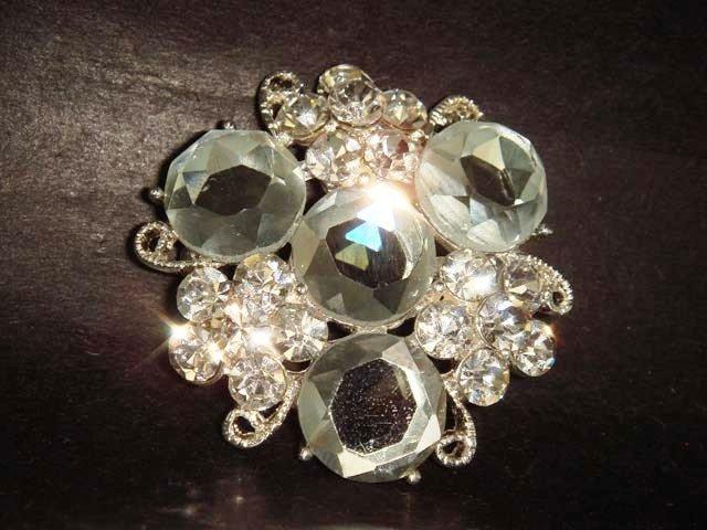 Bridal Crystal Vintage style cake topper dress Rhinestone Brooch pin Pi213