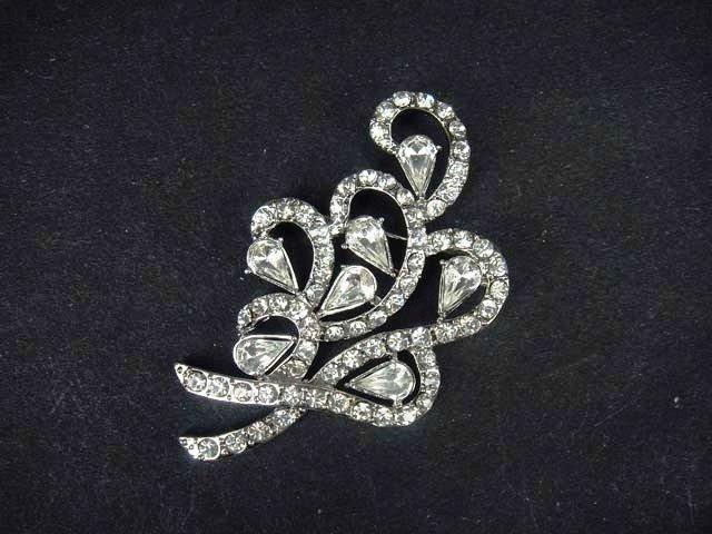 Bridal Vintage style bling Rhinestone Brooch pin PI428