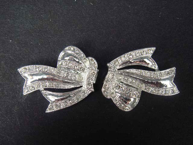 Bow dress craft sew Rhinestone clasp hook button BU22