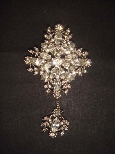 Bridal dress prom Cross Vintage style dangle crystal Rhinestone Brooch pin PI509