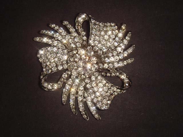 Bridal Cake topper Crystal Rhinestone Brooch pin PI456