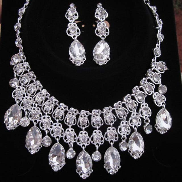 Bridal Rhinestone dangle earring necklace set NR313