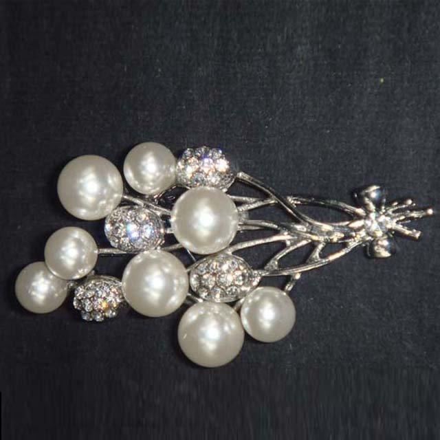 Bridal Cake Dress decoration faux pearl bow crystal Rhinestone Brooch pin PI590