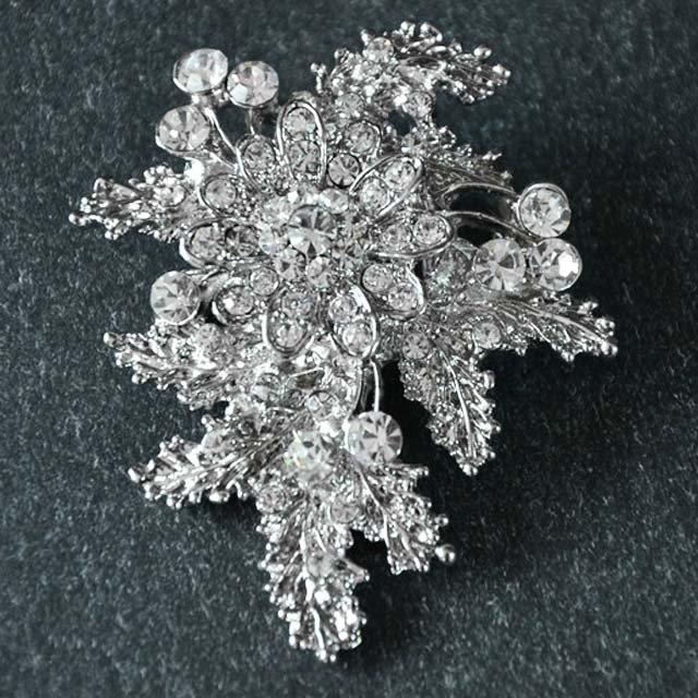 Bridal Vintage style Crystal Rhinestone Brooch pin Pi582