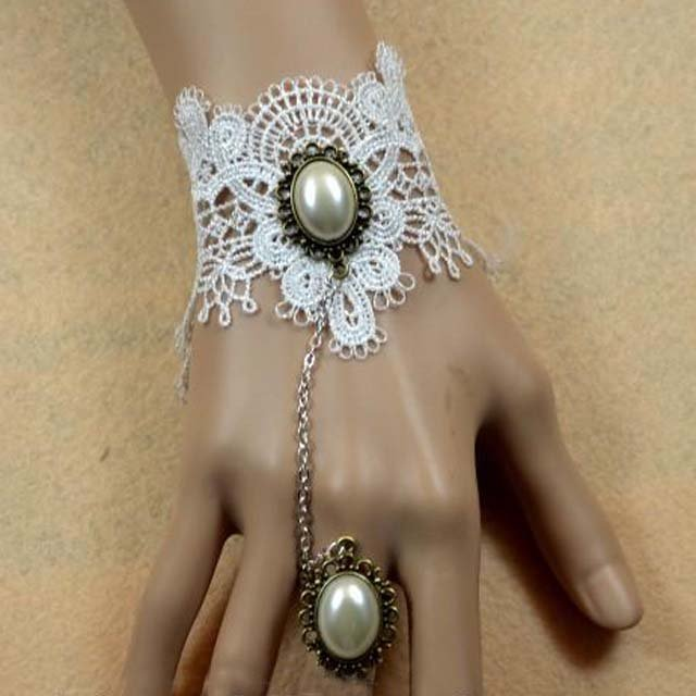 Gothic Lolita Sexy white Bead Belly dance slave bracelet BR324