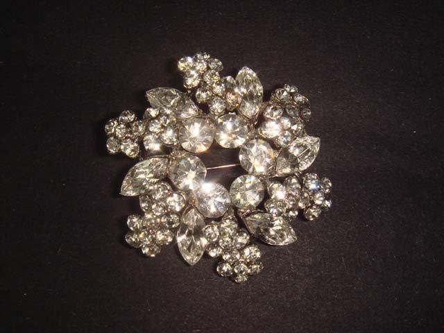 Bridal Wreath cake topper Czech Rhinestone scarf Brooch pin PI457