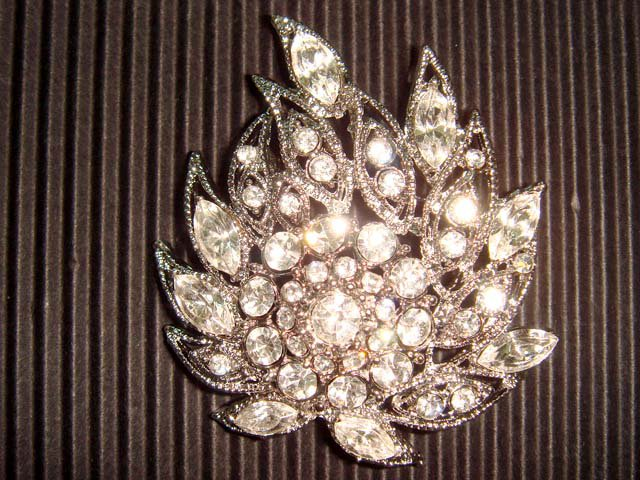 Bridal Czech Crystal Vintage style cake topper Rhinestone Brooch pin PI25