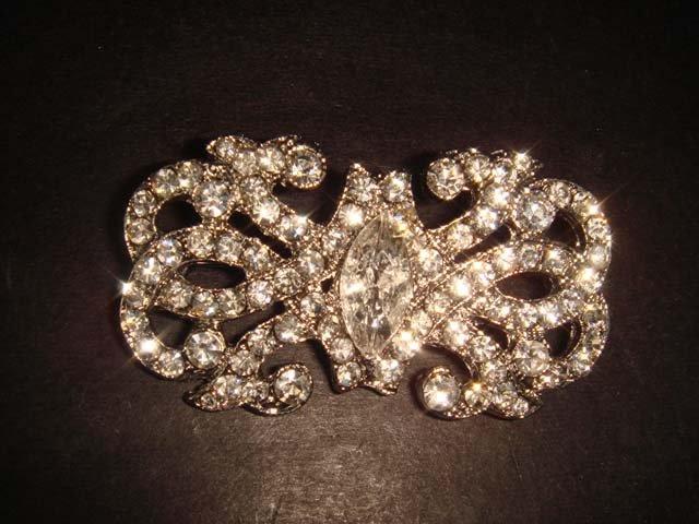 Bridal Vintage Style Clear Crystal Rhinestone silver tone Brooch pin PI233