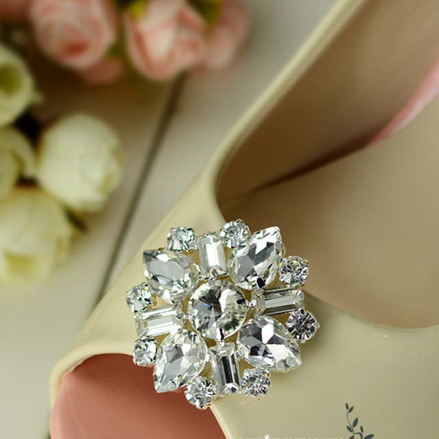 2 pcs a pair Bridal Prom Round Repair Clear Rhinestone Shoe Charm Clips SA11