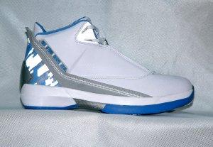 Mens Jordan XXII in White/Blue/Grey