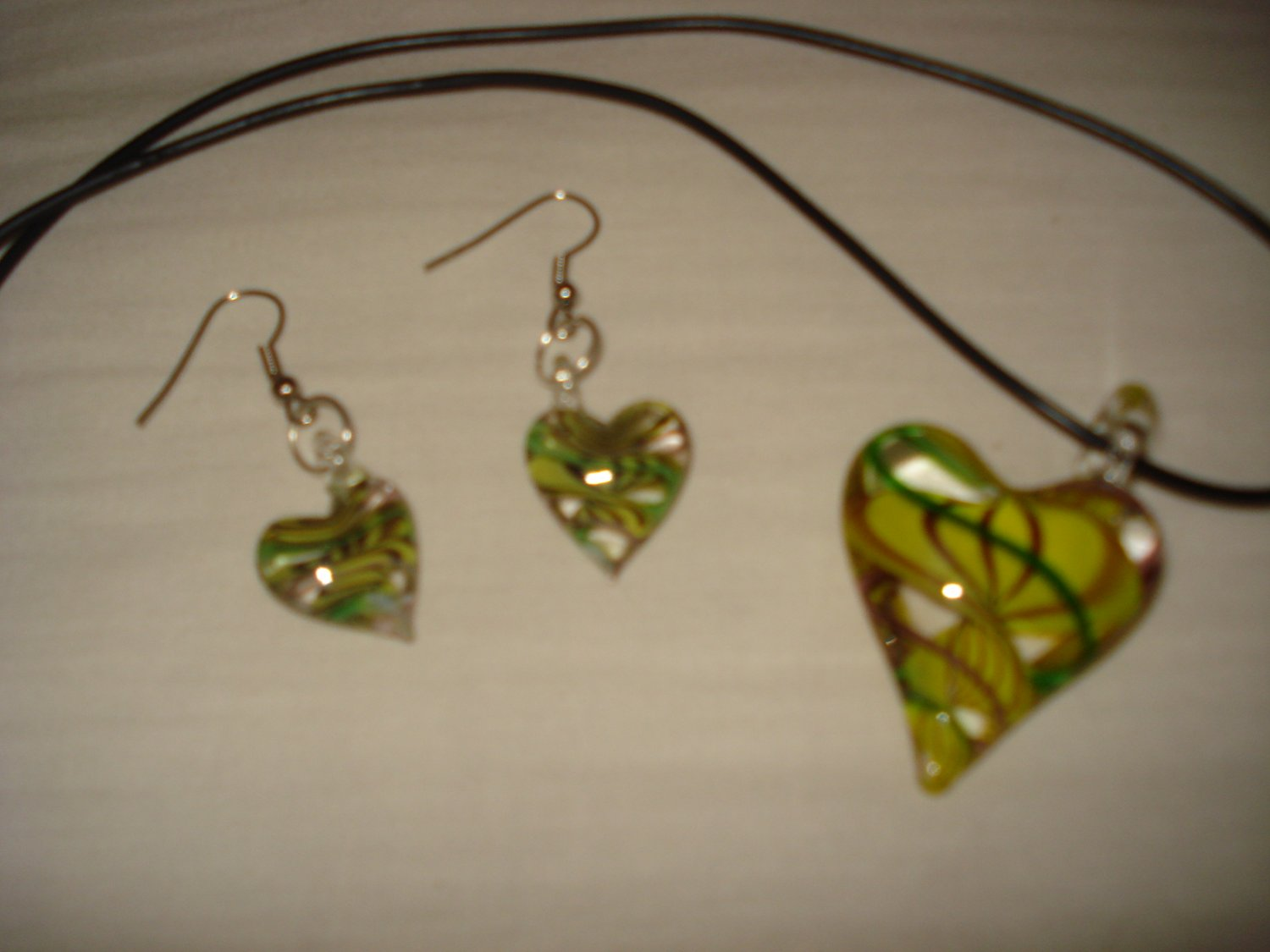 Yellow and green off-set puffed glass heart pendant and earring set - eg09