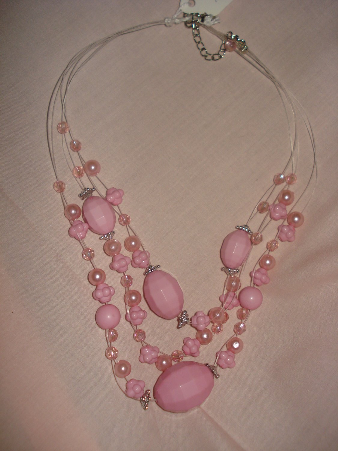 Beaded pink multi-strand 18-inch necklace - eg12