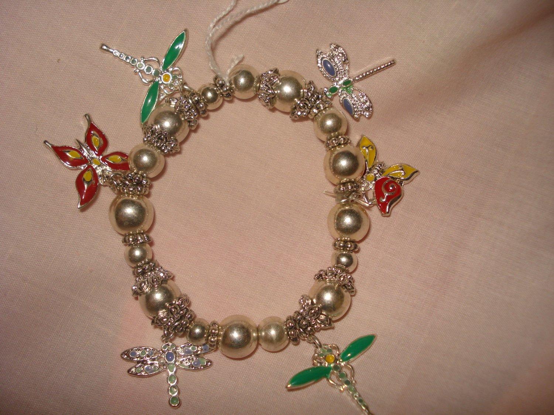 Silver stretch butterfly charm bracelet - eg16