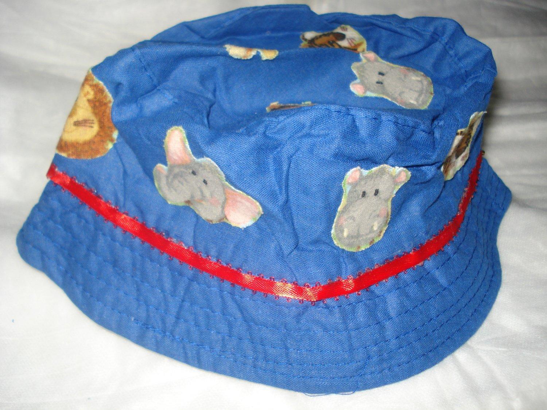 Baby / toddler hat with appliqued wild animals & ribbon trim - ekho1d