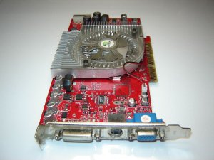 Palit Daytona GF FX5900XT AGP8x 128MB TV-OUT DVI AGP 8x Video Card NA-5900x+TD12