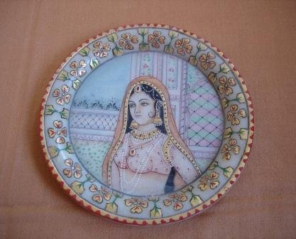 P044-6 INCHES PAINTED PLATE