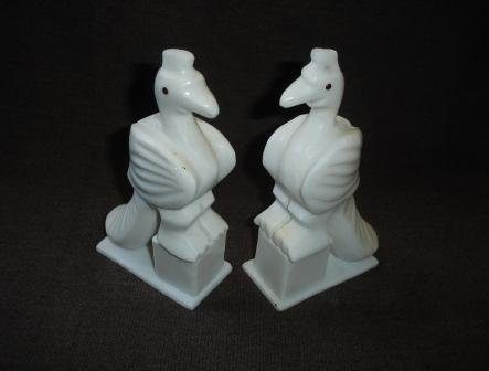 Article Piece  P050-MARBLE PEACOCK-A PAIR (7X4)