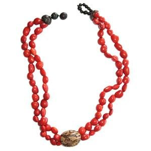 Tegua Jewelry - Red with Natural Center