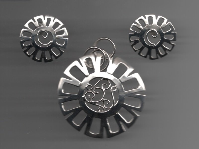 Mexican Sterling Silver Deco Eearring & Pendant .925