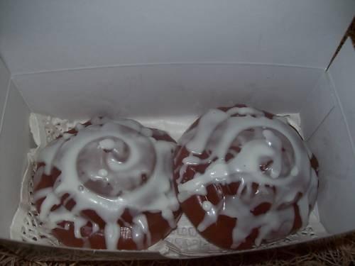 Box of 2 Iced Cinnamon Buns Design Soaps~CINNAMON BUN~