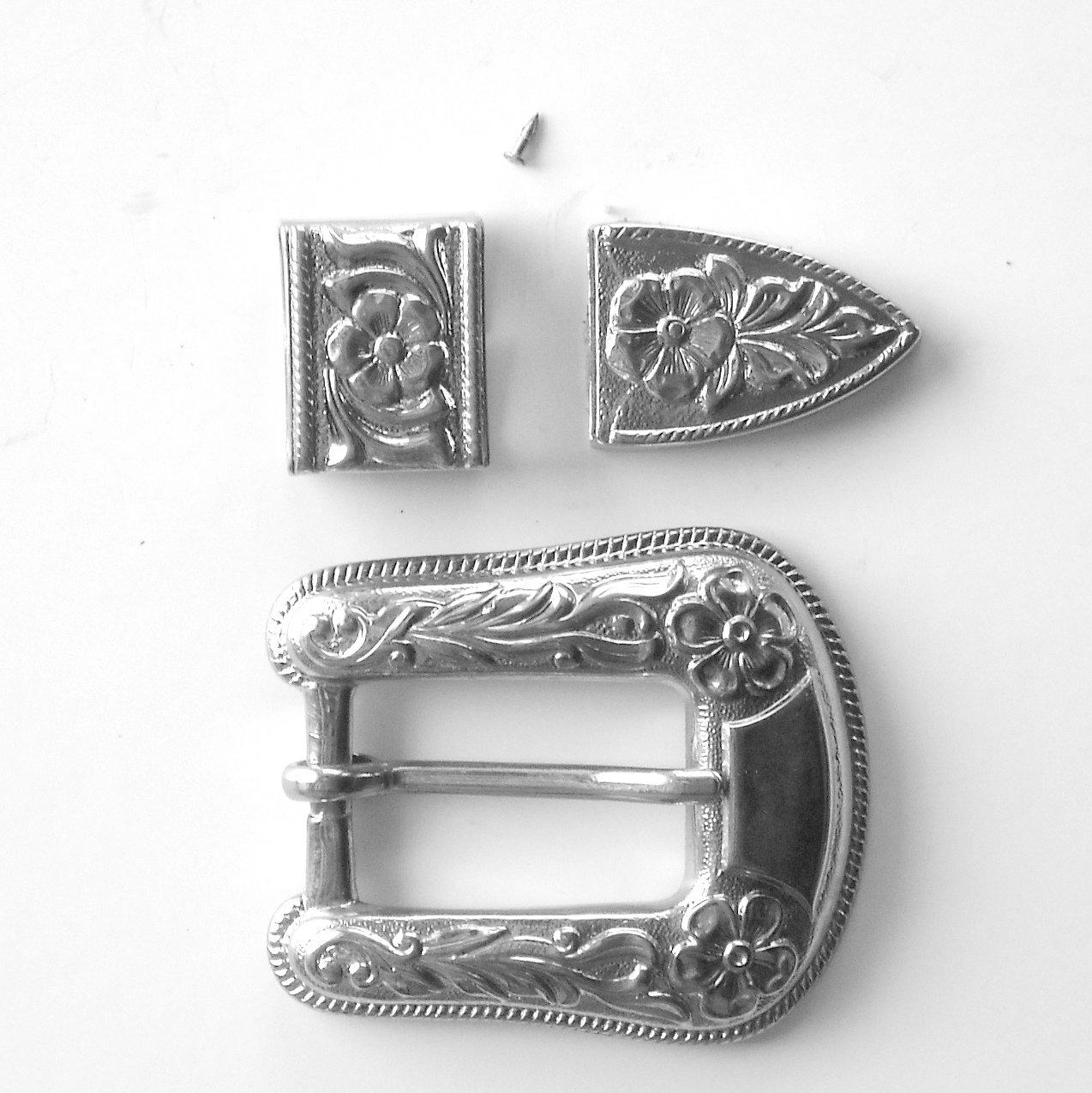 Vintage Ornate Silver Tone complete belt buckle hardware