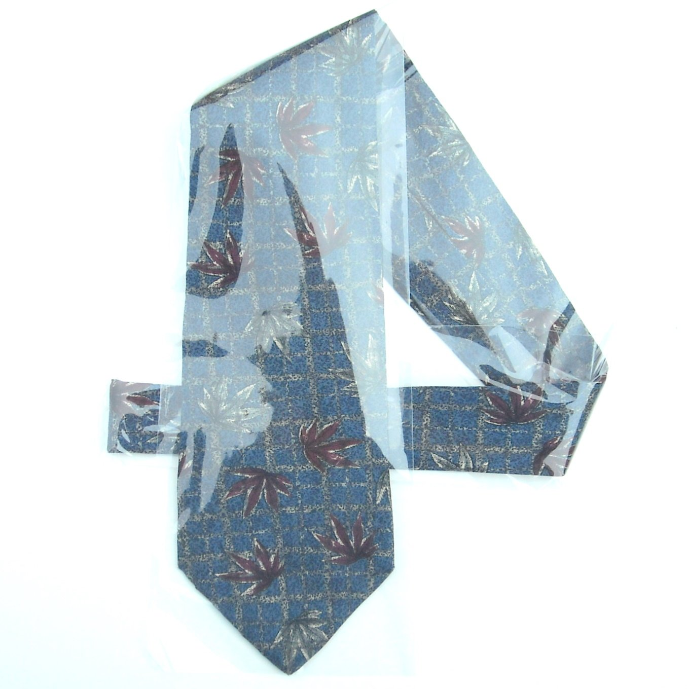 417 Van Heusen Blue Marijuana Cannabis Leaves mens silk necktie tie