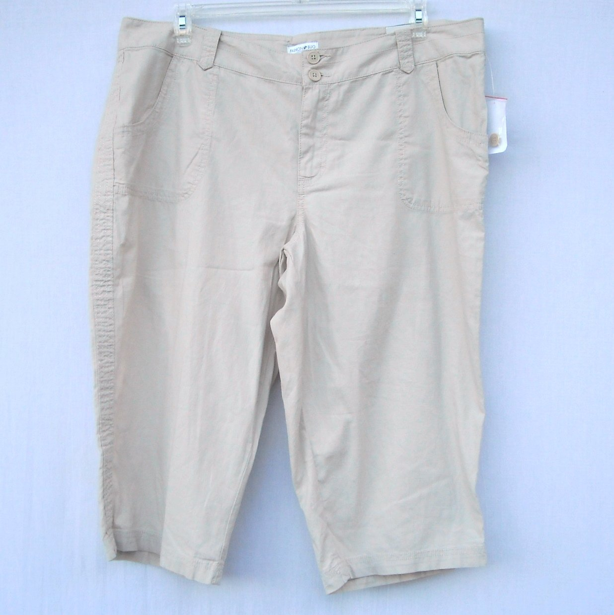 Fashion Bug Womens Weekend Casual Tan Capri Pants Size 20